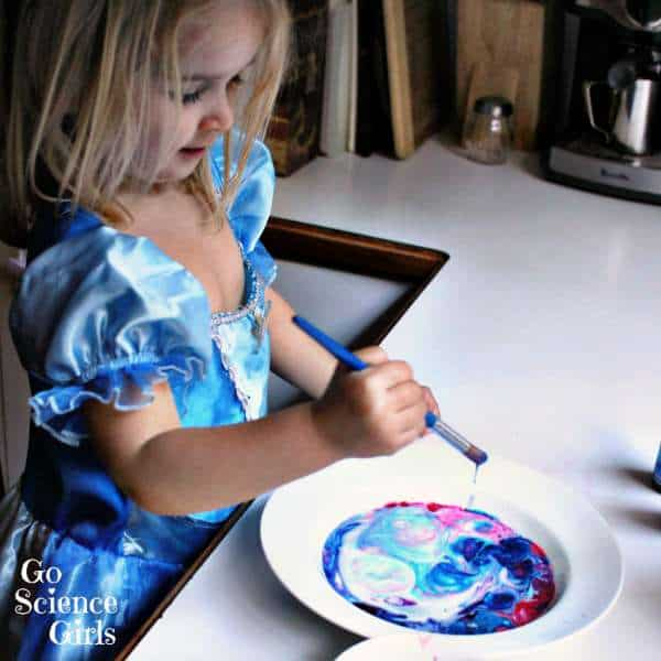 Easy-toddler-science-with-milk
