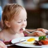 7 Foods That Will Support Better Behavior in Kids – According to Science