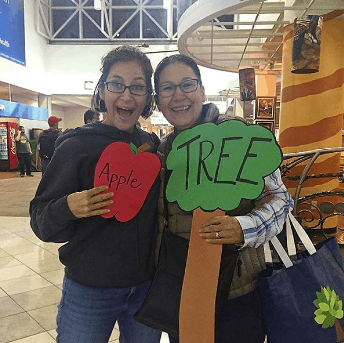 """apple"" and ""tree"" signs for welcome home sign"